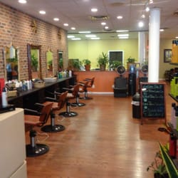 Why TriBeCa's Tenoverten is the Best Nail Salon Ever - Fashionista