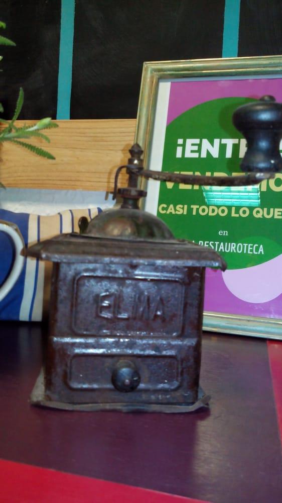 La restauroteca 21 fotos restauraci n de muebles carrer h roe romeu 14 arrancapins - Telefono registro bienes muebles madrid ...