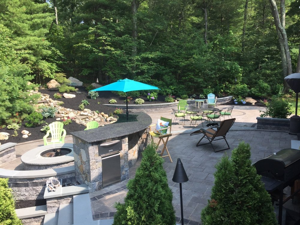 Harris & Company Landscape Design and Construction: 38 Williams Way, Bellingham, MA