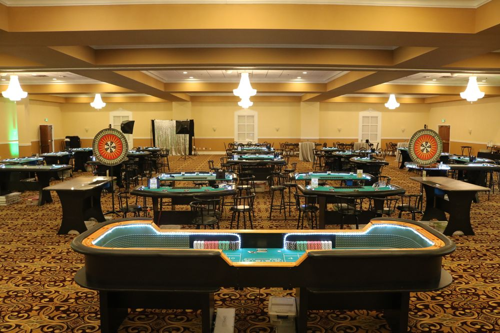 Craps King Casino Entertainment: 5508 Elmwood Ave, Indianapolis, IN