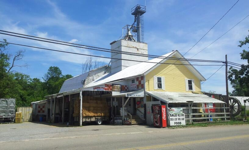 Southwestern Michigan Feed: 231 S Paw Paw St, Lawrence, MI