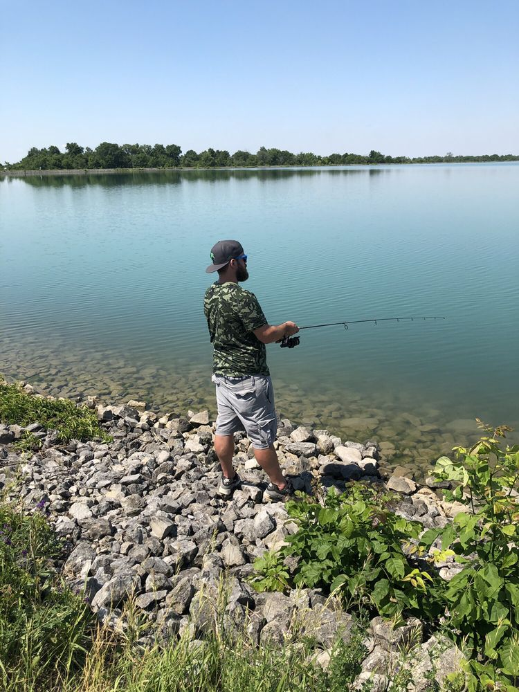 Hurshtown reservoir: 16000 Roth Rd, Grabill, IN