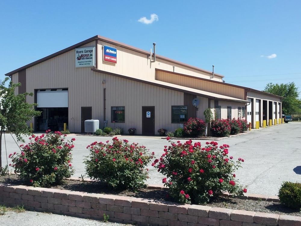 Myers Garage: 522 W 2nd St, Lizton, IN
