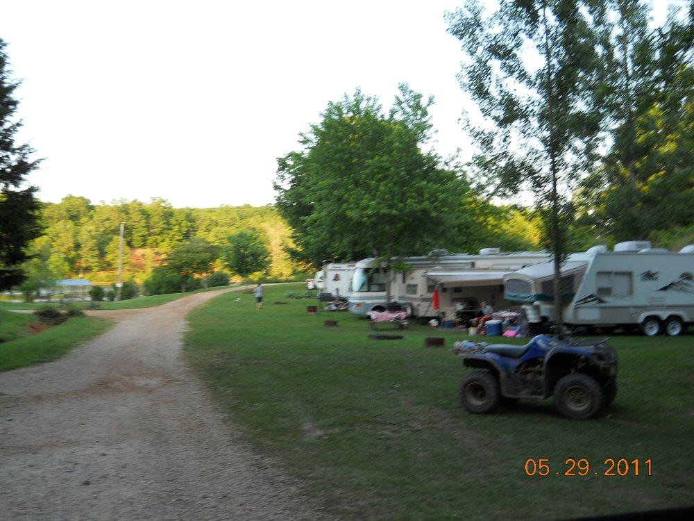 Holiday Lake: 178 Arlie Barr Rd, Viburnum, MO