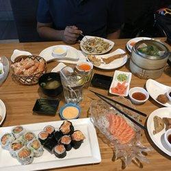 Sakada Sushi Teriyaki Restaurant
