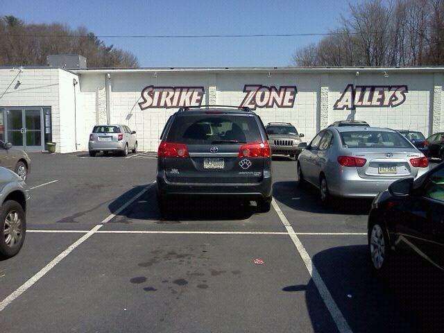Strike Zone Alleys: 2501 W End Ave, Pottsville, PA