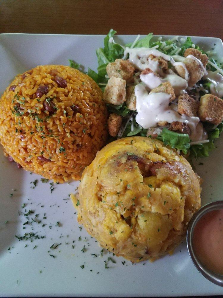 Restaurante La Casona: Carr 144 Km 1.2 Bo Jayuya Abajo, Jayuya, PR