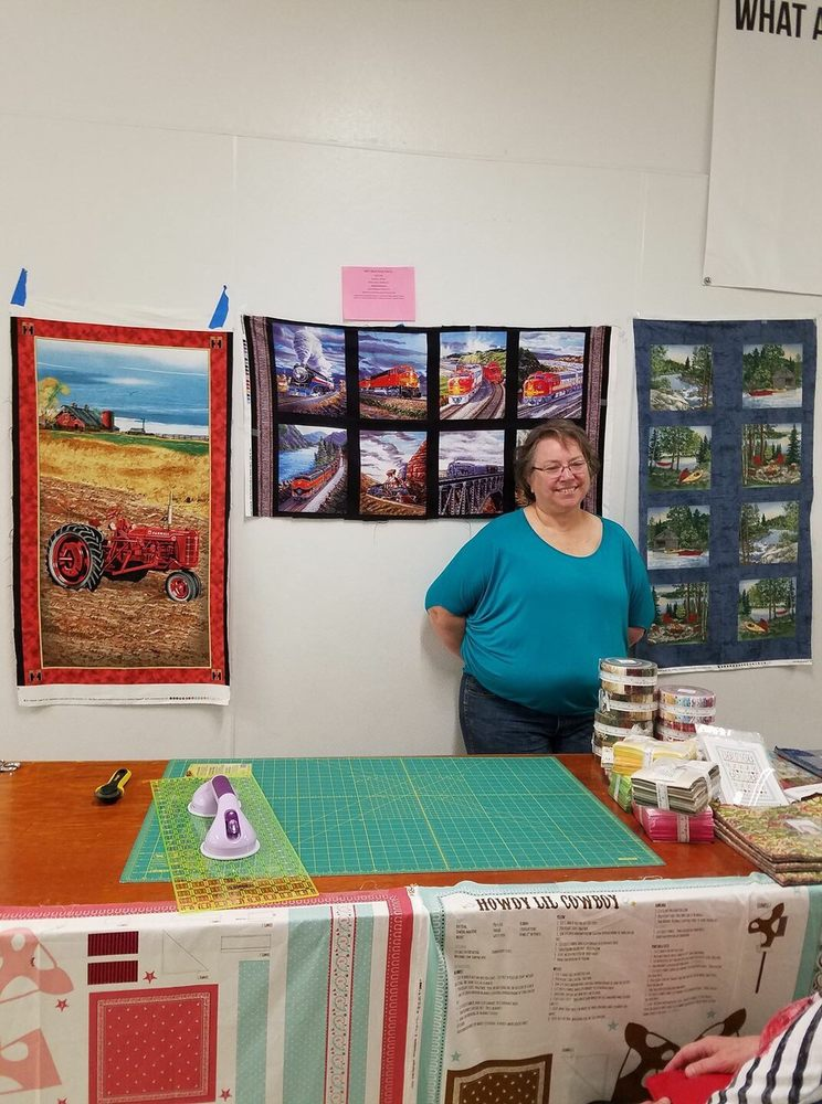 Salli's Backporch Fabrics: 465 N 150th W, Shoshone, ID