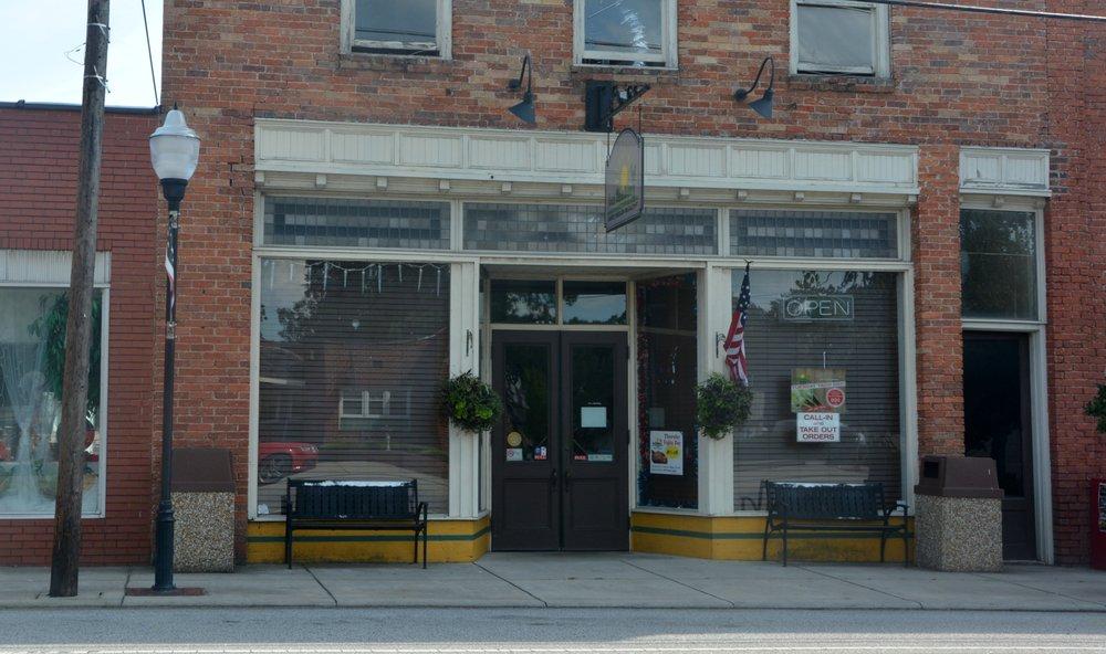 Los Jacubes Family Mexican Restaurant: 213 N Main St, Oakboro, NC