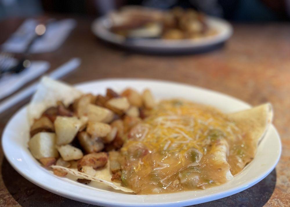 Grumpy's Grill: 2960 W Ina Rd, Tucson, AZ