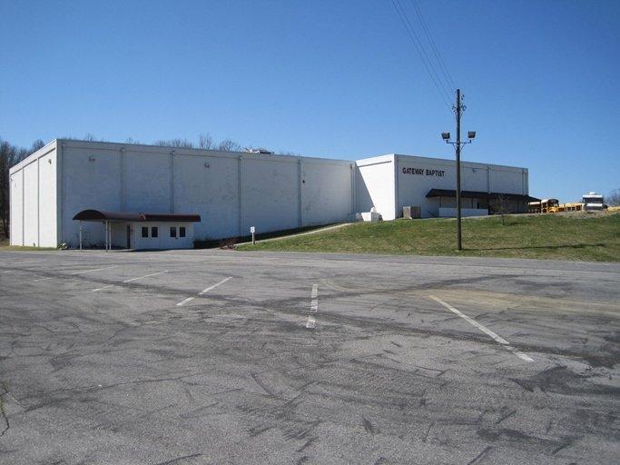 New Life Baptist Church: 1000 Hendrickson Ln, Bluff City, TN