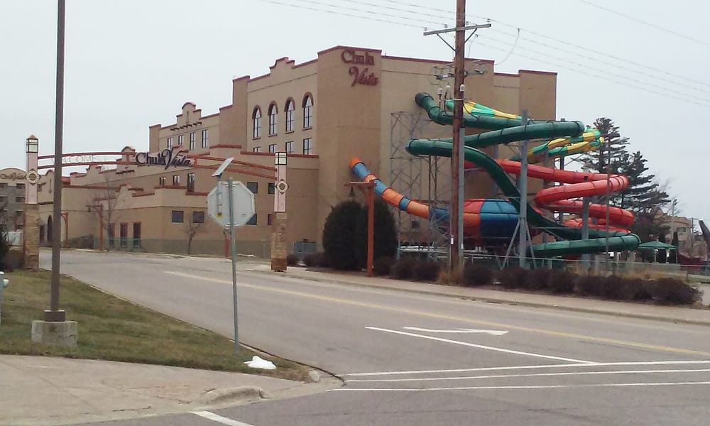 Chula Vista Resort Wisconsin Dells Wi United States: The Slides From The Indoor Water Park Go In & Out Of The