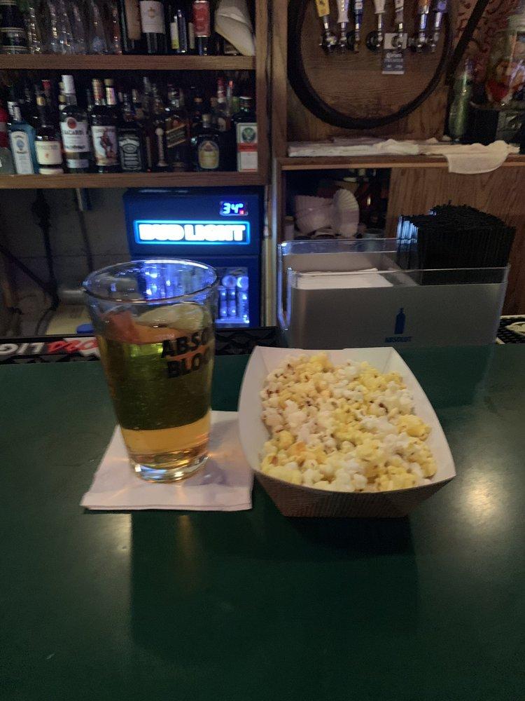 Four Winds Liquor & Lounge: 1103 E Pershing Blvd, Cheyenne, WY