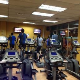 Pacific fitness gimnasios providencia 2339 for Gimnasio pacific