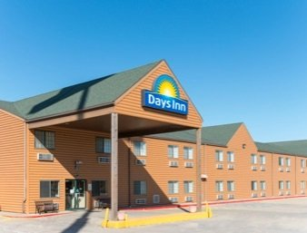 Days Inn by Wyndham New Florence: 403 Booneslick Road, New Florence, MO