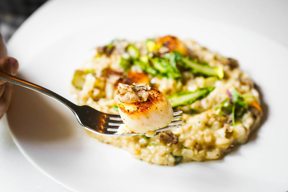 Maine Scallop with Italian Black Truffle and Asparagus