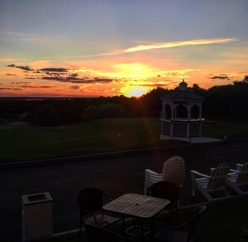 Brookside Golf Club: 11 Brigadoone Rd, Buzzards Bay, MA