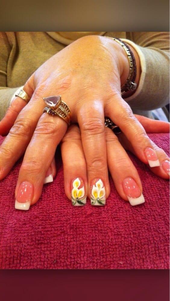 Davi Nails: 1529 Washington St, Williamston, NC