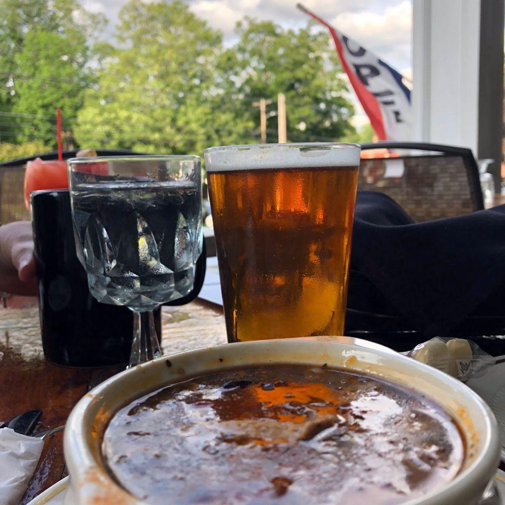 Fullerton Inn: 40 The Common, Chester, VT