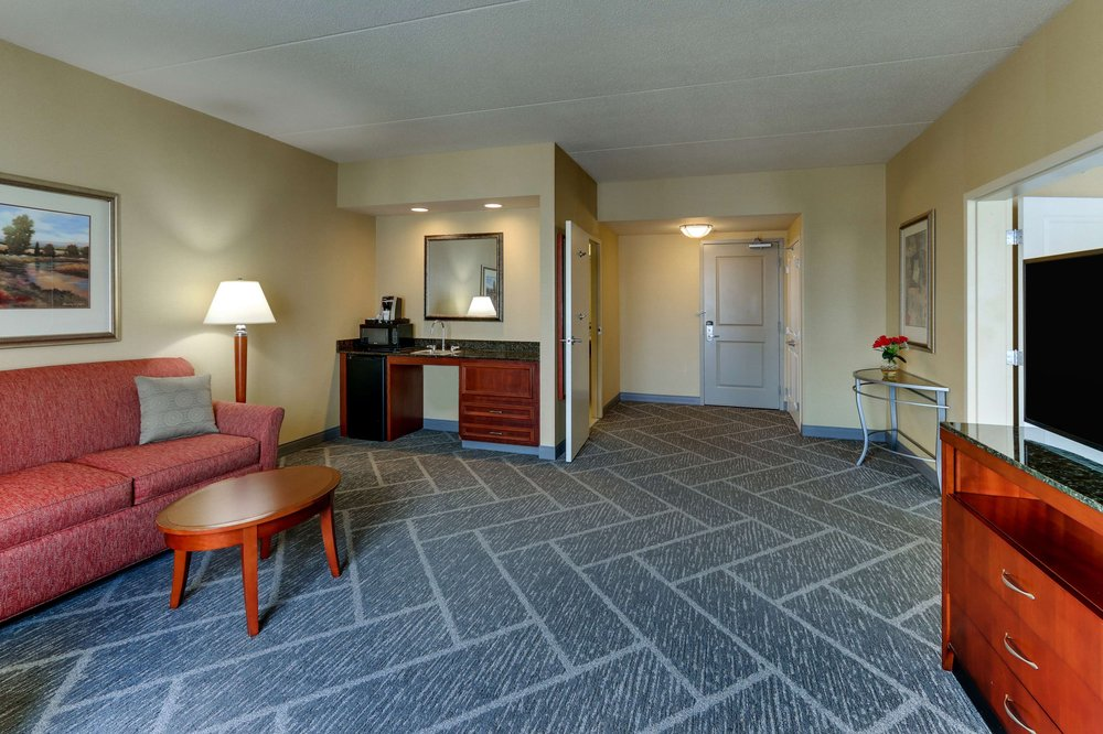Hilton Garden Inn Indianapolis Airport: 8910 Hatfield Dr, Indianapolis, IN
