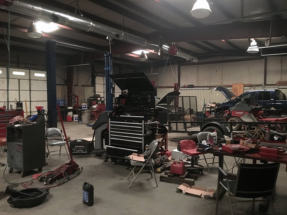 Budget Automotive: 526 Bruce St, Conway, AR