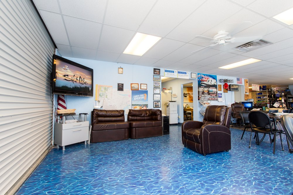 Fun Country RVs & Marine: 8800 S Desert Blvd, Anthony, TX