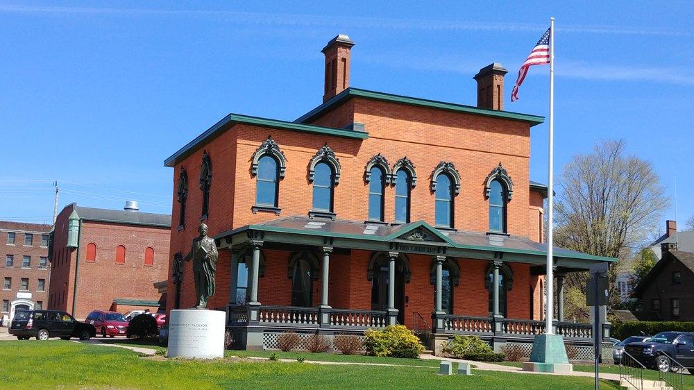 Robert H Jackson Center: 305 E 4th St, Jamestown, NY