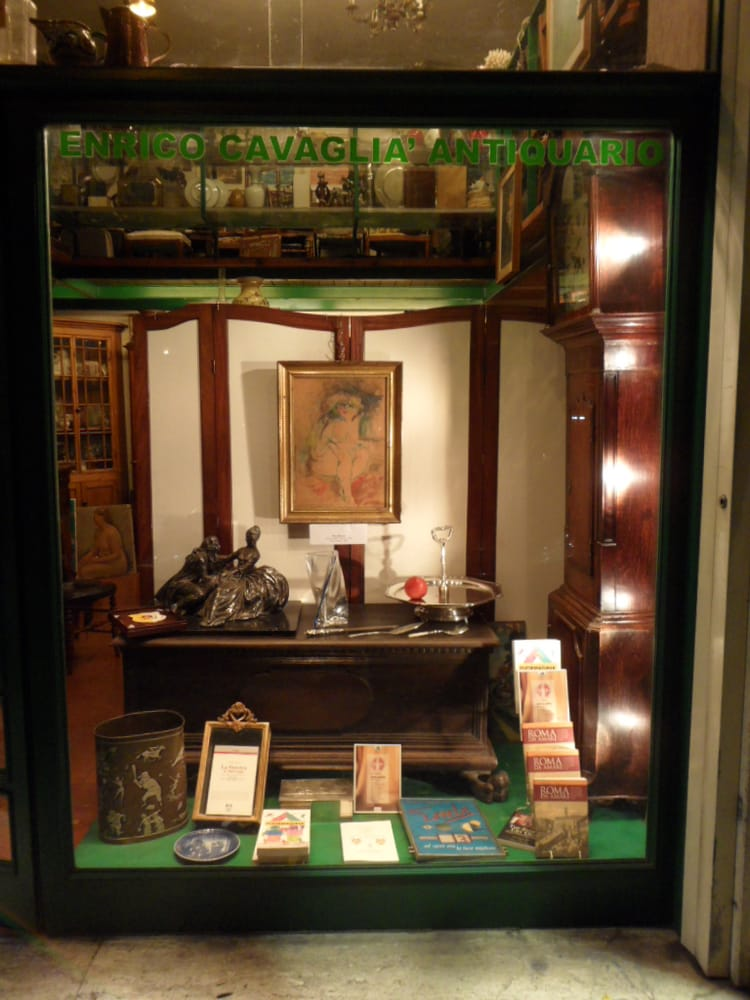 Antiques Italy