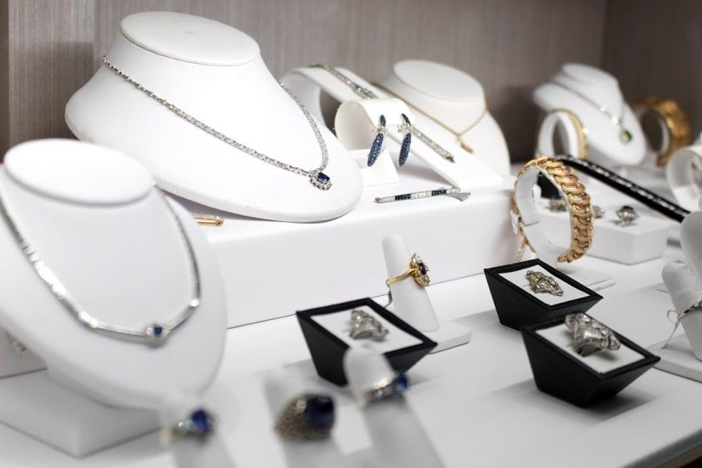 Philip Alexander Jewelers: 471 Albany Shaker Rd, Loudonville, NY
