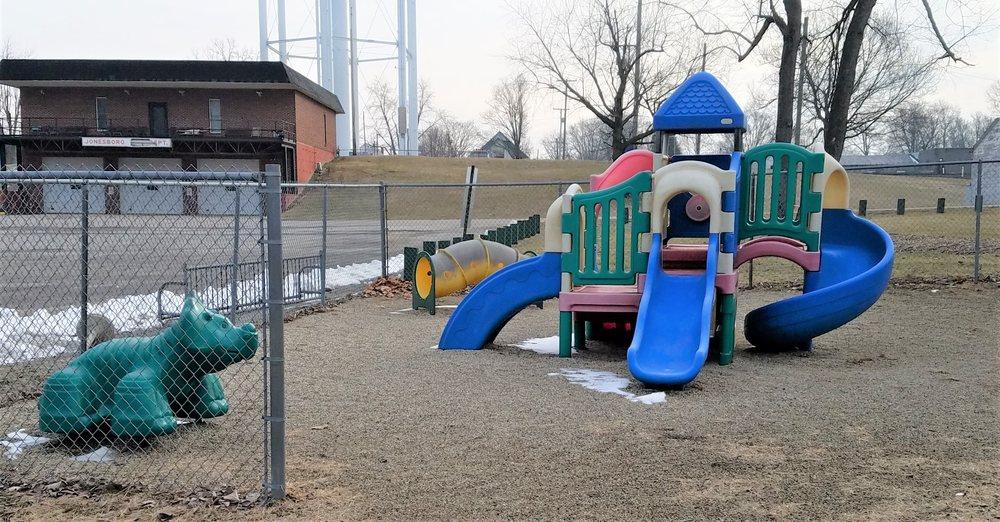 Jonesboro Community Park: 708 Fairmount Ave, Jonesboro, IN