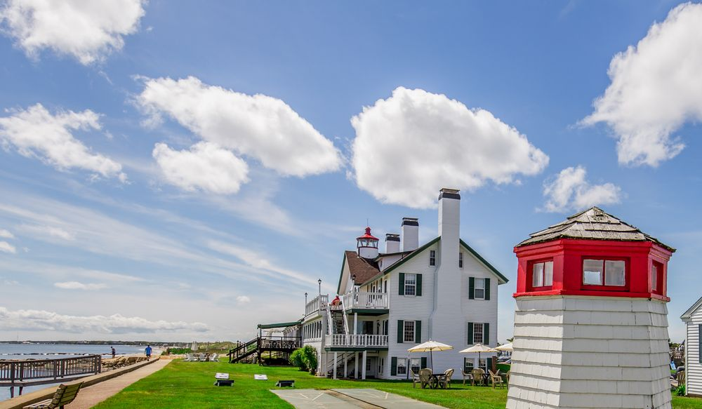 The Lighthouse Inn: 1 Lighthouse Inn Rd, West Dennis, MA