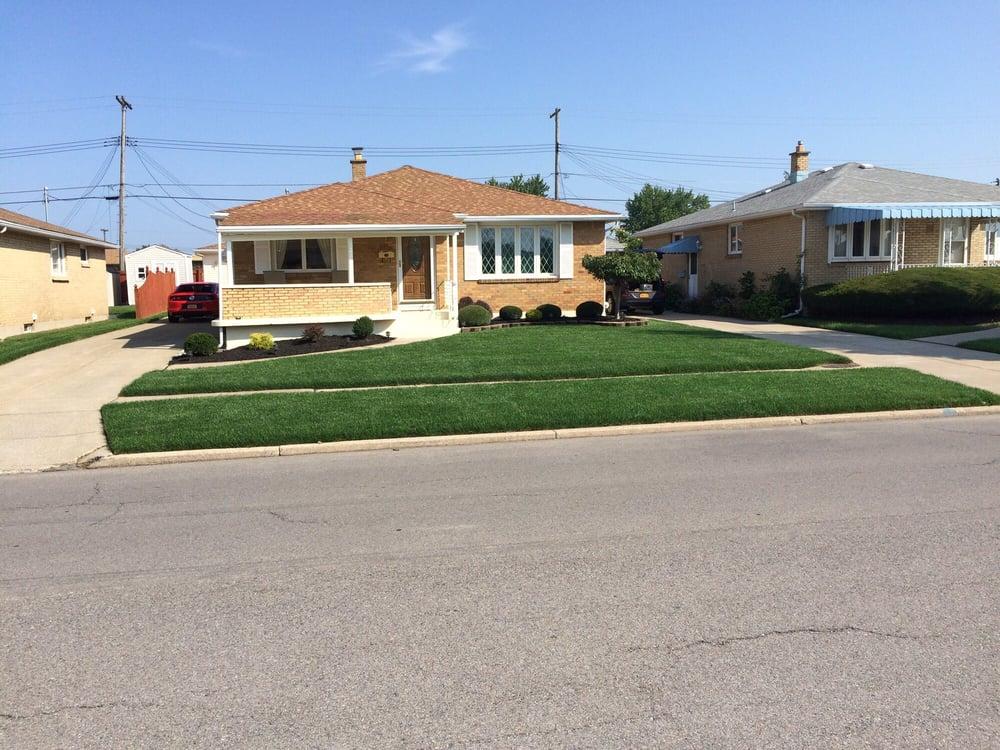 Complete Lawn & Yard Care: 25 Ravenswood Ter, Cheektowaga, NY