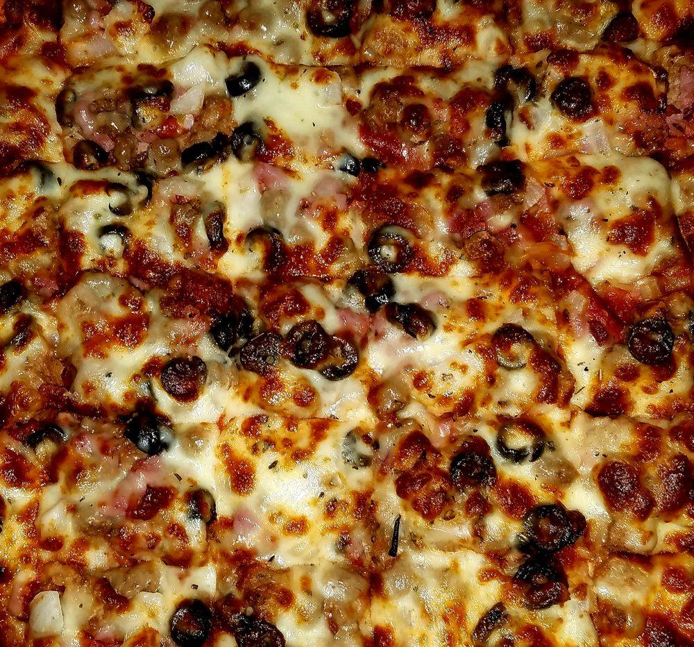 Pizza by Marchelloni