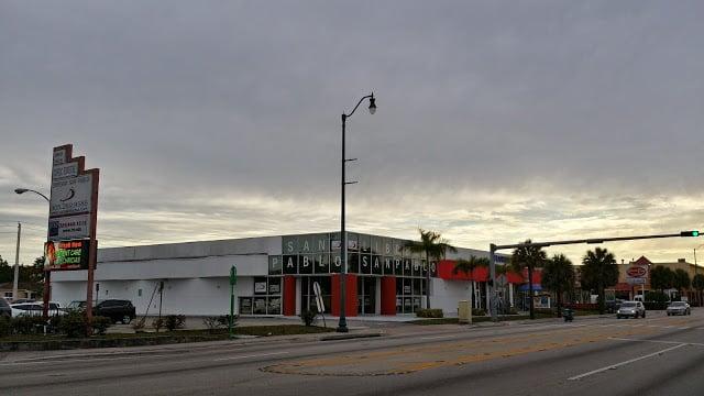 Libreria San Pablo & St Paul Distribution Center: 5800 SW 8th St, West Miami, FL