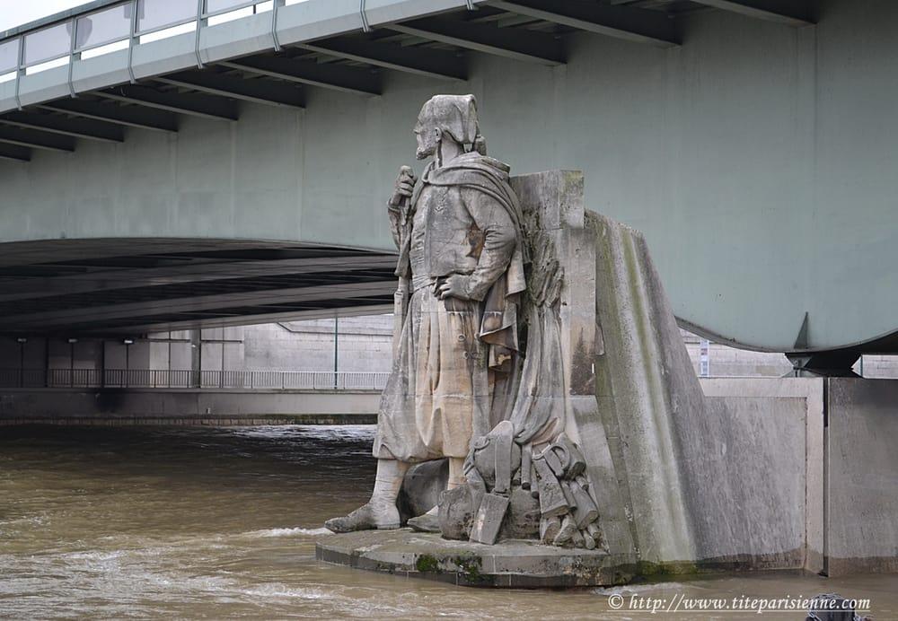 Le Zouave Pont De L Alma Yelp