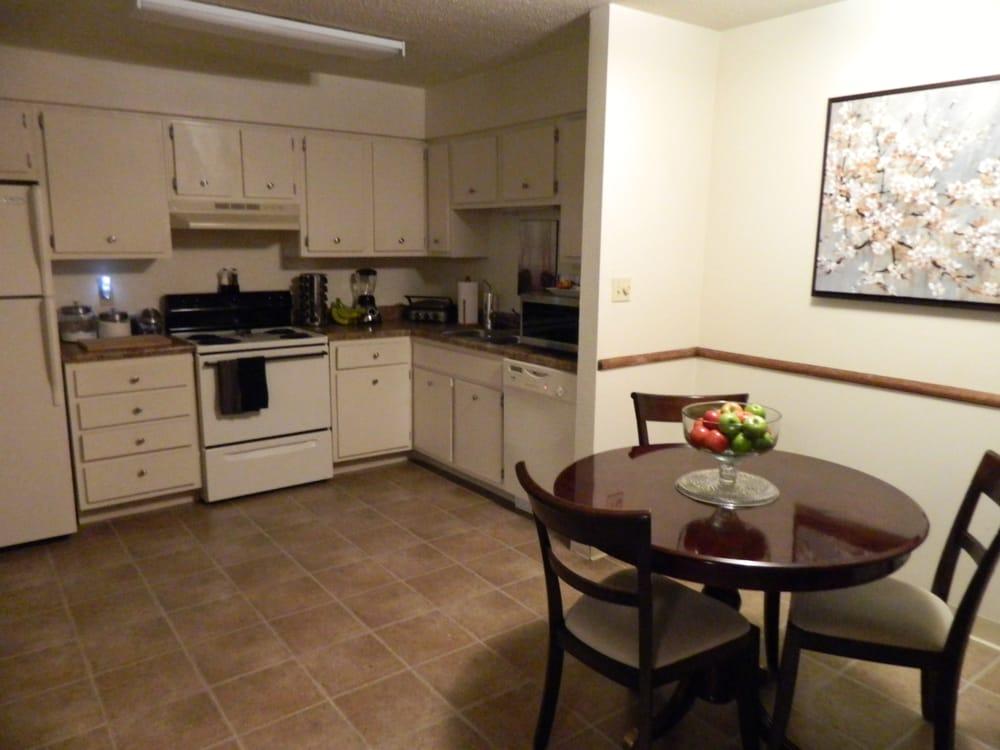 Kirkwood Apartments: 202 Milford St, Tupelo, MS
