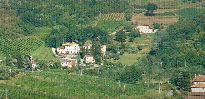 Valle del sole aziende vinicole via della cappella for Affitti cabina sole valle
