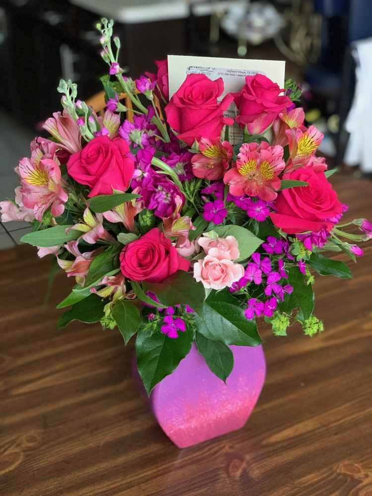 Mulkey's Flowers & Gifts: 2300 Highland Village Rd, Highland Village, TX