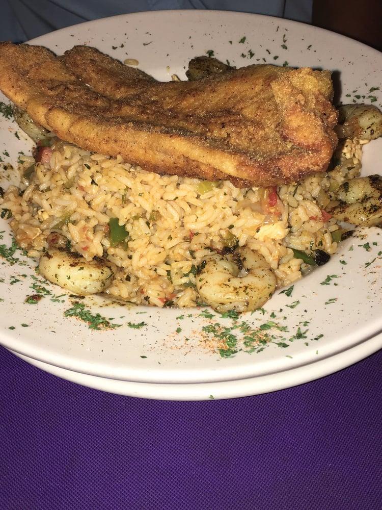 Papa Boudreauxs Cajun Cafe: 3419 Fly Rd, Santa Fe, TN