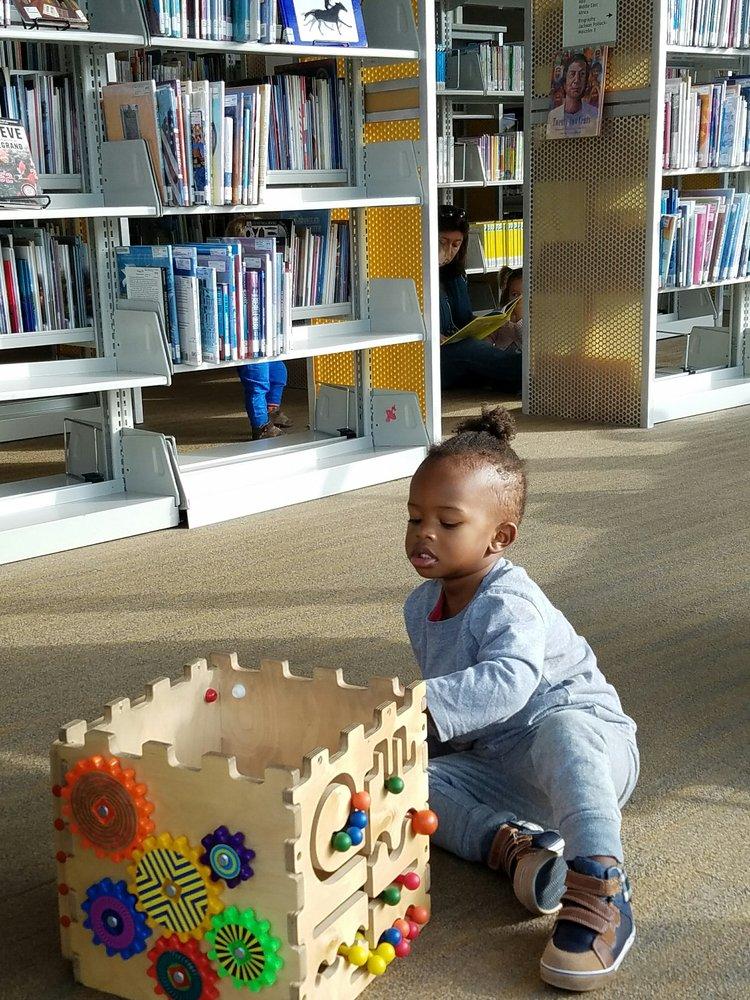 Watha T Daniel-Shaw Library