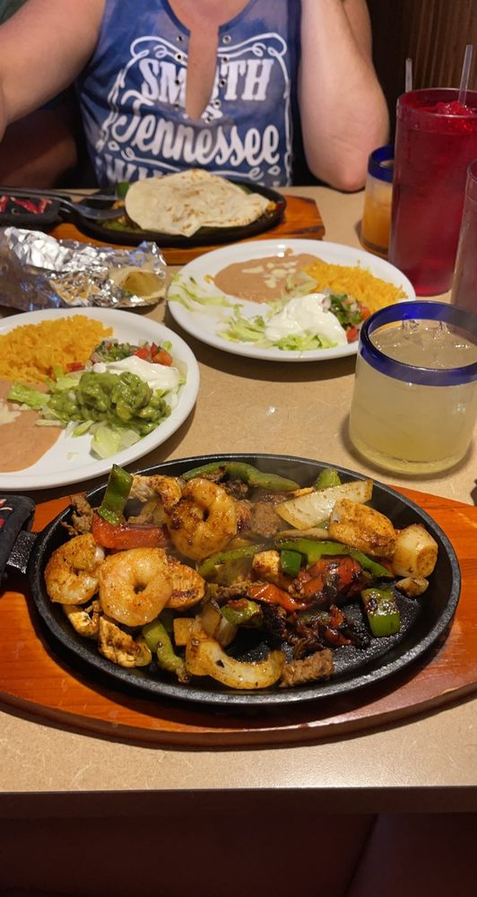 Bajio's Mexican Restaurant: 1567 River St, Bowling Green, KY