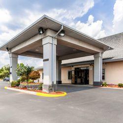 Photo Of Econo Lodge Inn Suites Middletown Va United States