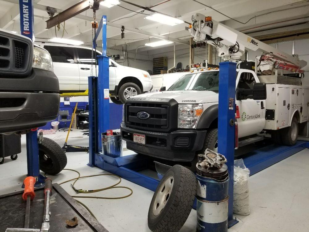 T's Automotive: 1028 N Erie Ave, Pueblo, CO