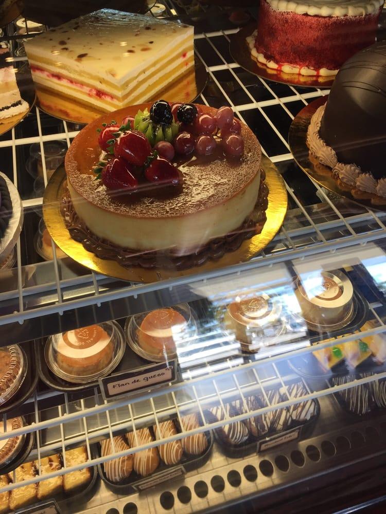 Pinecrest Bakery Cakes
