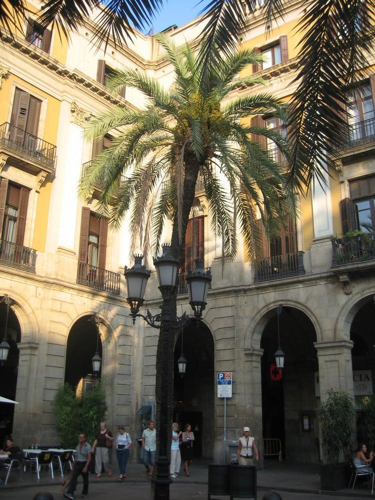 Club 13: Plaza Real  13, Barcelona, B