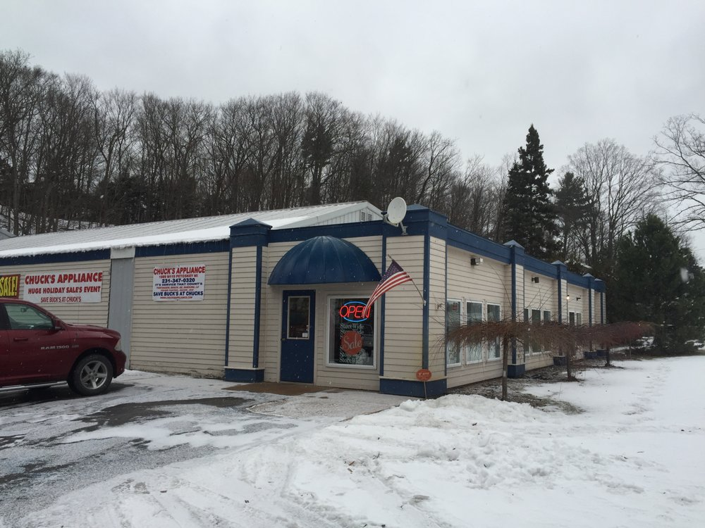 Chuck's Appliance & Furniture: 1889 M 119, Petoskey, MI