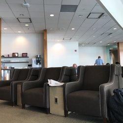 Photo Of Plaza Premium Lounge Toronto