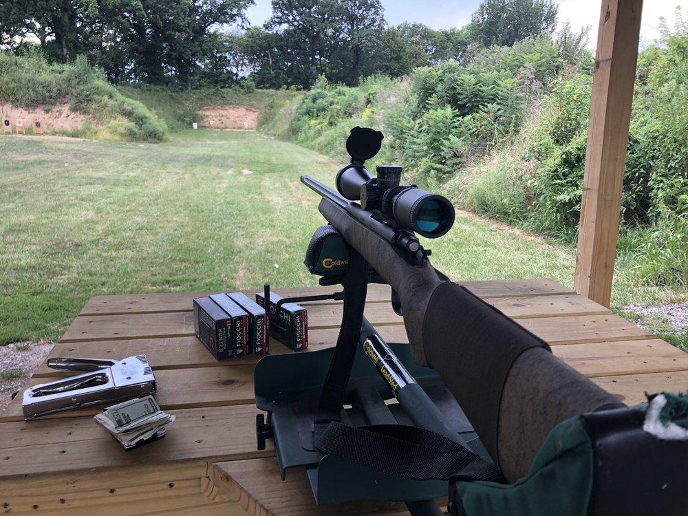 Darnall's Gun Works & Ranges: 6125 E 1175 N Rd, Bloomington, IL