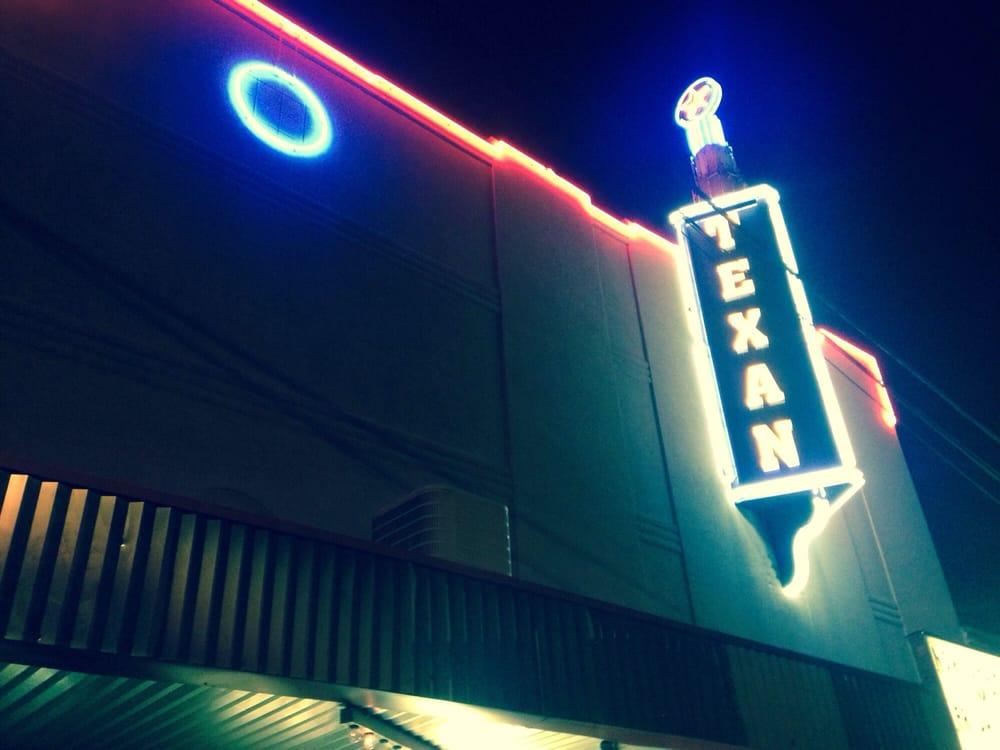 Texan Theater: 102 E Houston St, Cleveland, TX