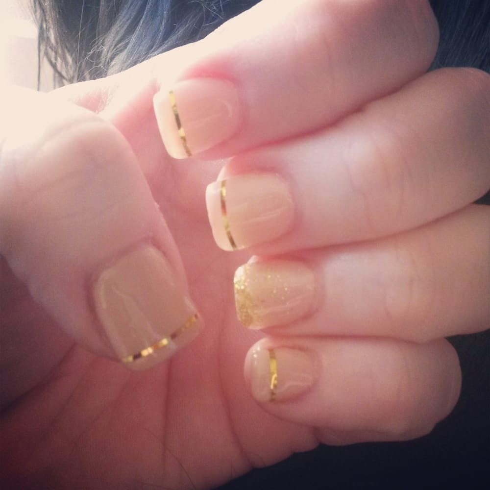 Luxe nails spa 17 reviews nail salons 400 n walton for Nail salon hours